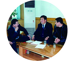 En 1997, la première exportation vers le Kazakhstan signifie le commencement de la commercialisation dans le monde