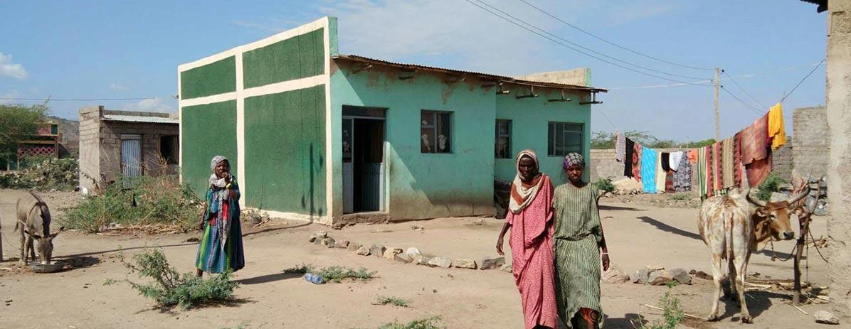 Construire des maisons pour les locaux
